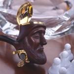 Foto- fajka II. rzeźbiąc główkę fajki myślałem o podobiźnie przyjaciela.